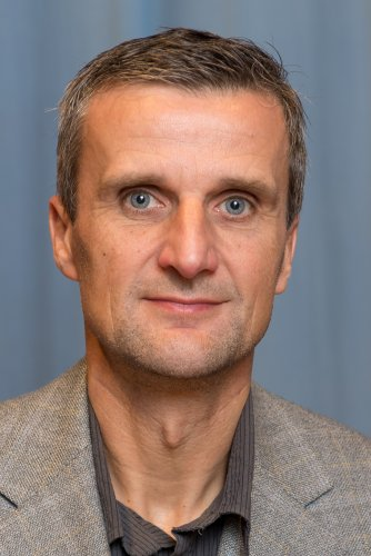 Elias Pavel